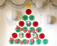 「クリスマスツリー 壁面」の画像検索結果 Christmas Time, Christmas Crafts, Merry Christmas, Holiday, Diy And Crafts, Arts And Crafts, Paper Crafts, Xmas Decorations, Christmas Traditions