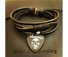 simple_layered_bracelet_jackson_skull_pick_bracelets_2.jpg