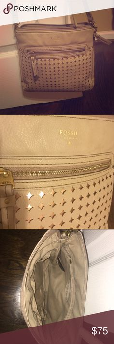 Fossil tan cross body purse w/ rose gold underlay Tan Fossil cross body purse in like new condition besides a small pen mark on the inside of one of the pockets that is only noticeable if you look down in the pocket. It can be worn across the body or over the shoulder. The purse itself is medium sized, a beige/tan color with a shiny rose gold underlay where the diamonds are, with gold accent zippers. Fossil Bags Crossbody Bags