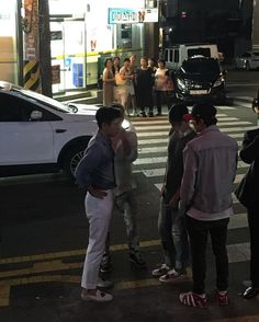 160806 TOP with his Friends