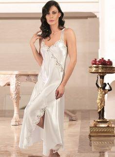 Nurteks 6699 6 Pcs Satin Robe Set will make you redefine comfort when you wear this cozy and stylish set. Pyjama Satin, Satin Nightie, Satin Sleepwear, Satin Pajamas, Nightwear, Lace Slip, Satin Slip, Pretty Lingerie, Beautiful Lingerie