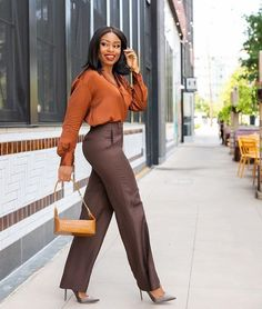How To Achieve An Effortless Work Style - Jadore-Fashion Stylish Work Outfits, Business Casual Outfits, Classy Outfits, Stylish Outfits, Stylish Eve, Business Attire, Mode Outfits, Fashion Outfits, Workwear Fashion