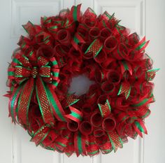 christmas mesh wreath christmas wreath by carolinabowcompany 6500 wreath crafts diy wreath burlap