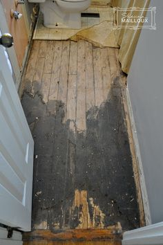 I Removed 1940 S Floor Tar Under Linoleum With Hot Water
