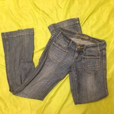 American eagle jeans size 2 Good condition American Eagle Outfitters Jeans Boot Cut