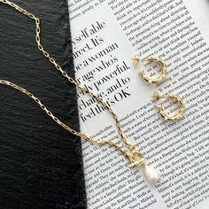 Pearl t bar necklace