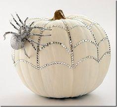 Google Image Result for http://cupcakesandcrinoline.com/wp-content/uploads/2011/10/pumpkin-bling.jpg
