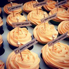 Dutch theme Happy Birthday Cupcakes