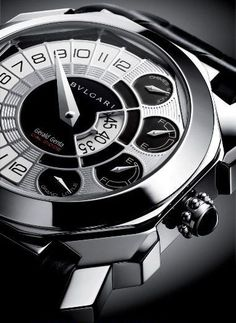 Bulgari Gerald Genta Octo Grand Sonnerie Tourbillon Watch Black & White elegance