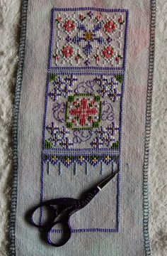 Just Nan Sherry's Scissor Pocket, an exclusive design for Country Crafts in Colorado 2
