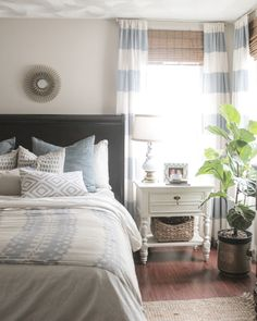 Making our humble Rhode Island home beautiful through diy's, and budget home decor.