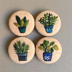"""Today's buttons each one is 4 cm in diameter. I will be listing these very soon, they can be purchased as a group or single! Embroidery Designs, Embroidery Applique, Cross Stitch Embroidery, Felted Soap, Felt Brooch, Brooch Pin, Diy Buttons, Brazilian Embroidery, Fabric Jewelry"