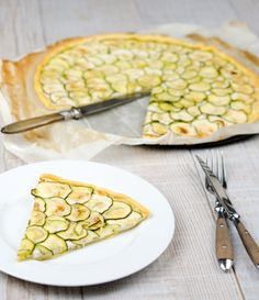 Nice summer starter idea - thin slices with a green salad. Tarte fine de courgettes + ricotta