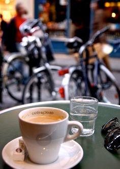 | ♕ | Cafés Richard à Paris | by © Everita