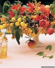 love how Ariella Chezar uses fruit in her #centerpieces