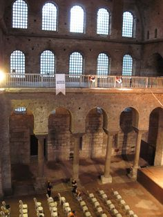 HISTORIA DEL ARTE: noviembre 2011 Hagia Irene, Byzantine Architecture, Hagia Sophia, Roman Emperor, Mosque, Arcade, Worship, Istanbul, Art History