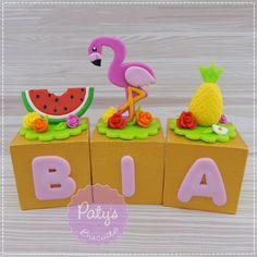 Cubos Decorados Flamingo / Tropical | Paty s Biscuit | Elo7