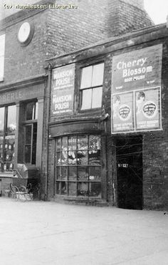 Ancoats, Oldham Road, 1905 | by archivesplus Manchester New, Vintage Children Photos, Industrial Architecture, Salford, Lineage, Boot Shop, Derbyshire, Scooters, Old Photos