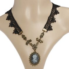 Gothic Lace Rhinestone Beauty Head Beads Pendant Collar Necklace