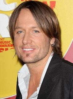 Keith Urban Quits 'The Voice' Country Western Singers, Country Boys, Country Music, Joel Madden, Medium Hair Styles, Long Hair Styles, Cmt Music, Jason Aldean, Hairstyle Look