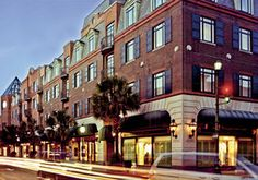 Belmond Charleston Place Shops - Shopping in Downtown Charleston 20 or 30 Top Shopping Shops,  Louie Vitton, Gucci, Tommy Bahama, just to name a few.