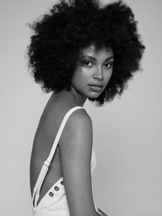 Hair Ideas For The Ladies.Tips for awesome looking hair. Your hair is usually exactly what can easily define you as a man or woman. To many individuals it is undoubtedly important to have a really good hairstyle. Black Power, Moda Afro, Curly Hair Styles, Natural Hair Styles, Afro Textured Hair, Afro Hairstyles, Updo Hairstyle, Black Hairstyles, Wedding Hairstyles