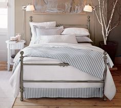Stylish Beds & A Little Game - Home Bunch - An Interior Design & Luxury Homes Blog