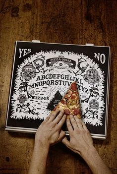 """Hell Pizza Ouija box - from pizza chain """"Hell Pizza' in New Zealand, creative design and their whole website is very cool. But I would eat the pizza no time for games when I'm with pizza Cool Packaging, Brand Packaging, Packaging Design, Branding Design, Ouija, Pizza Branding, Restaurant Identity, Art Design, Food Design"""