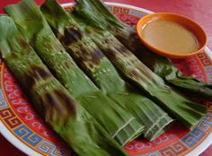 Resep Otak-otak Ikan Tenggiri Fish Recipes, Snack Recipes, Snacks, Malaysian Food, Indonesian Food, Pork Loin, Asparagus, Cauliflower, Breakfast Recipes