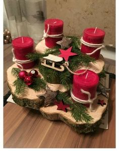 Holiday Red Candlestick Art Design Ideas Diy Craft Table diy arts and crafts table Centerpiece Christmas, Decoration Christmas, Christmas Candles, Xmas Decorations, Christmas Wreaths, Christmas Ornaments, Diy Advent Wreath, Homemade Decorations, Advent Candles