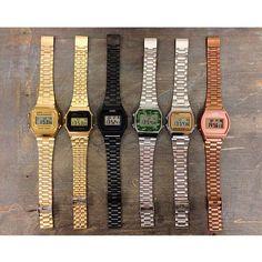 Casio, o queridinho e amado do Instagram! Mas também, pudera, olha o estilo desse relógio!   #casiovintage #casio #presente