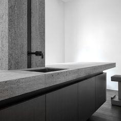 signature Kitchen by Glenn Sestig for Obumex.