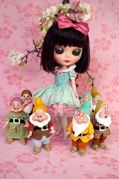 blythe doll - Snow White & The Seven Dwarfs <3