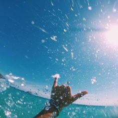One day in australia or in Cali... surfing the waves pinterest: jaiiiime