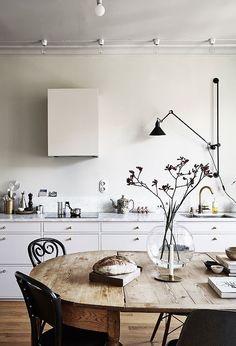 75 Vintage Dining Table Design Ideas DIY – Best Home Decorating Ideas Interior Desing, Interior Inspiration, Interior Stylist, Design Inspiration, Interior Modern, Bulthaup Kitchen, Earthy Home, Esstisch Design, Sweet Home