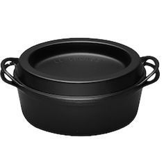 The Doufeu (originally by Cousances since now Le Creuset since in L and black. The perfect large enameled cast iron cookware for proper slow food. Le Creuset, Enameled Cast Iron Cookware, Slow Food, Tray, Kitchen, Party Ideas, Black, Kitchen Modern, Cuisine