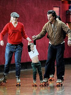 Gwen Stefani and Gavin Rossdale with son Kingston roller skating