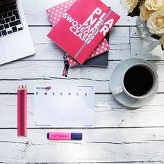 Czy planery macie już pobrane? Za zapisanie się do newslettera Pani dostajesz bezpłatne planery do pobrania - dzienny tygodniowy i miesięczny. Miłego planowania!  #planowanie #organizacja #planning #planer #planerpsc #planerpaniswojegoczasu #psc #paniswojegoczasu #planner #plannergirl #planneraddict #homeoffice #workfromhome #workfromhomemom #todo #plannerlove