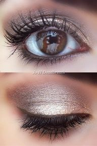 light smokey eye...this is so pretty