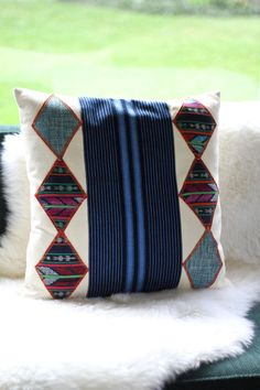 Vintage Guatemalan handwoven textiles pillow cover on Etsy, US$49.00