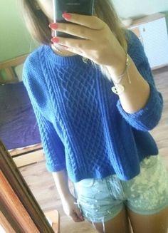 Kup mój przedmiot na #vintedpl http://www.vinted.pl/damska-odziez/swetry-z-dzianiny/10090495-niebieski-sweterek-crop-top