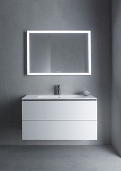Duravit offers the various types of wash basin designs, bathroom sinks, wash-hand basins for your modern and comfortable bathroom. Find the luxurious wash basin & wash bowl at a Duravit. Lavabo Design, Washbasin Design, Diy Vanity Mirror, Vanity Basin, Bathroom Furniture Design, Modern Bathroom Design, Dream Bathrooms, Small Bathroom, Cube Furniture