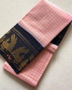 Madurai zari checked sungudi handloom cotton saree with blouse pc as shown Trendy Sarees, Stylish Sarees, Fancy Sarees, Indian Silk Sarees, Tussar Silk Saree, Georgette Sarees, Cotton Sarees Online Shopping, Cotton Saree Blouse Designs, Indian Wedding Wear