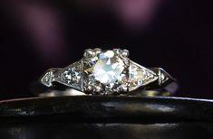 Vintage-engagement-rings-unique-wedding-jewelry-1930s-art-deco-transitional-cut.original