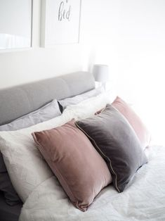 scanid bedroom pink and grey cushions on bed white duvet Pink Bedroom Design, Grey Bedroom Decor, Pink Bedroom For Girls, Pink Bedrooms, Trendy Bedroom, White Bedroom, Master Bedroom, Pink And Grey Cushions, Grey Storage Bed