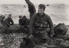 american soldiers comfort victims | Remembering D-Day, 66 years ago - Photos - The Big Picture - Boston ...