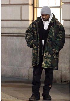 Kanye West in Italy http://ift.tt/2C10eC8