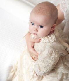 A mi manera, por Caritina Goyanes - ¡Poniéndonos guapos para bautizar a Mini Cari!