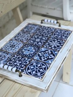 Sweet Home Decoration .Sweet Home Decoration Diy Home Crafts, Wood Crafts, Diy Home Decor, Ceramic Tile Crafts, Ceramic Art, Furniture Makeover, Diy Furniture, Tile Projects, Tile Art