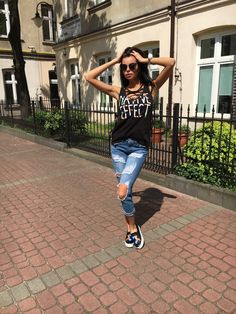 denimbox jeans, denimbox, ripped jeans, raw jeans, distressed jeans, outfit, summer jeans, baggy, boyfriend jeans